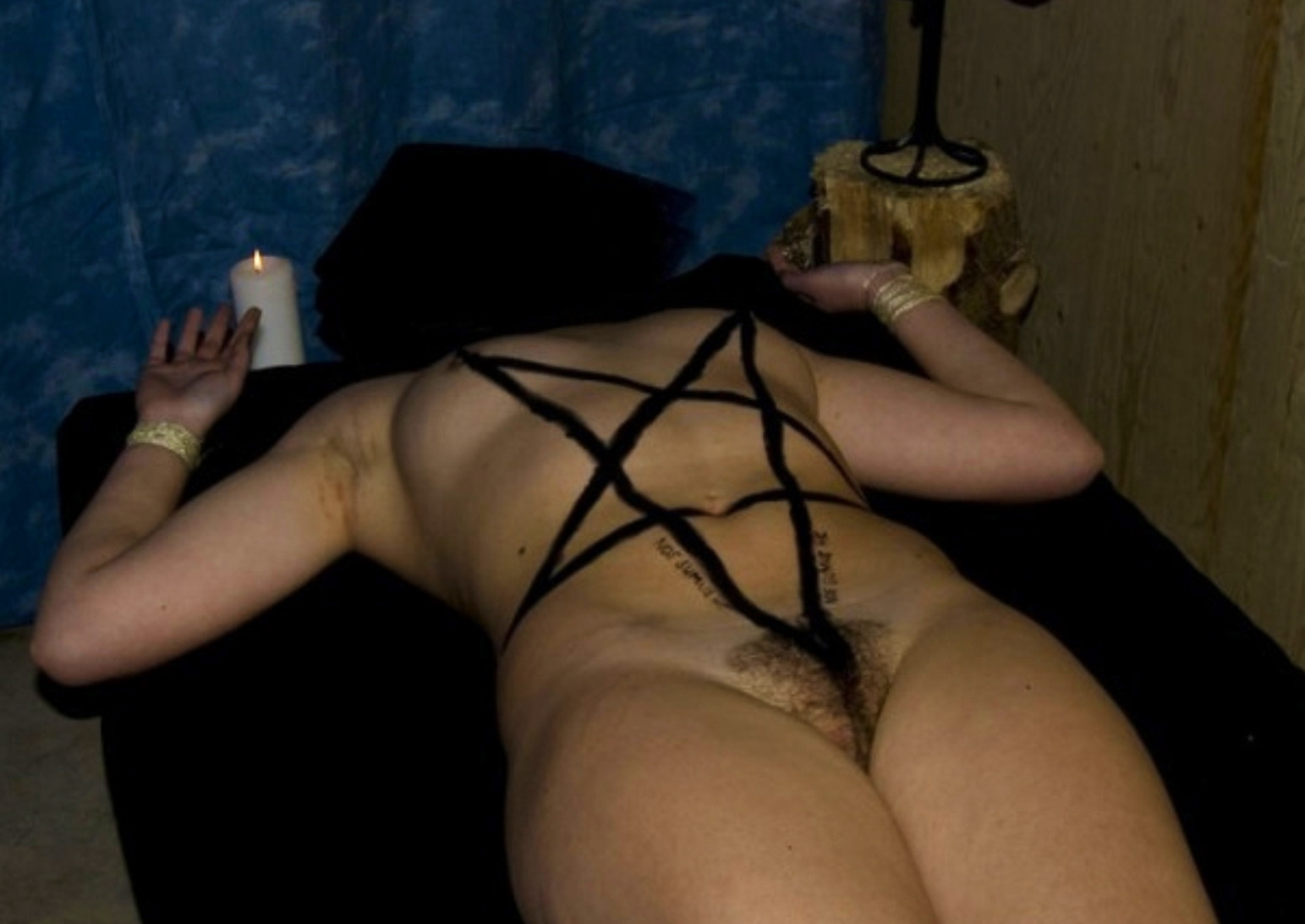 girls hot sexy pics ass satanic nude