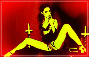 satanic-woman-satanism